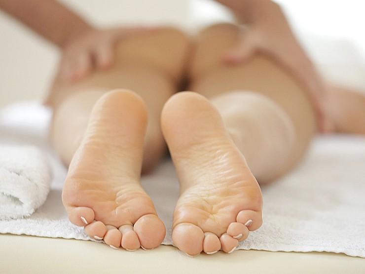 Sabina's soles gets cum on them!