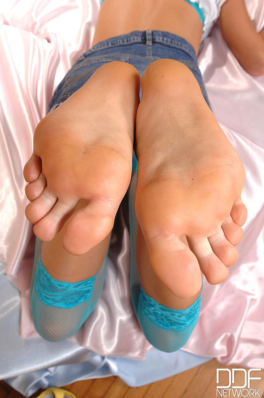Candy's soles need some lovin'!