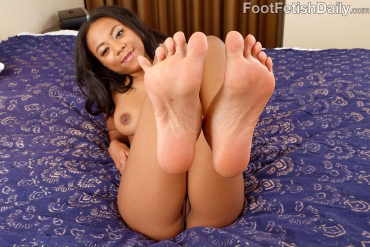 Her black feet turn him on so much!